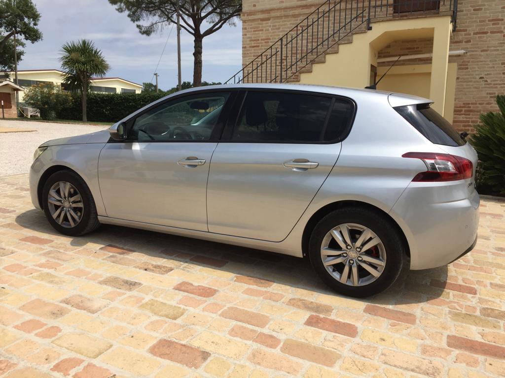 oscuramento vetri Peugeot 308