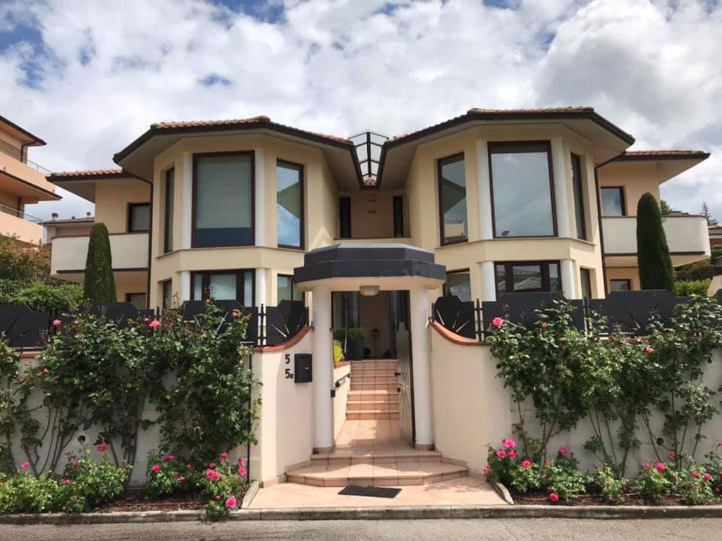 controllo solare trasparente abitazione Fabriano