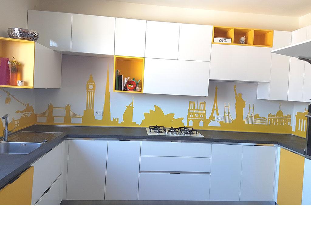 personalizzazione murale cucina Montecassiano